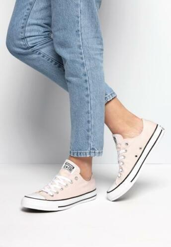 2bcaf7da043 ≥ 32% korting! Converse Low-top Chuck Taylor All Star sneakers ...