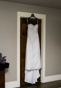 Alfred Angelo Wedding Gown St. John's Newfoundland image 1