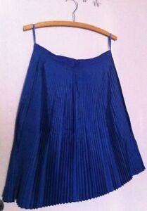 NWT Banana Republic Pleated A-line skirt, blue, size 8 - MUST GO