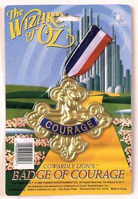 WIZARD OF OZ COWARDLY LION BADGE OF COURAGE COSTUME ACCESSORY VA532