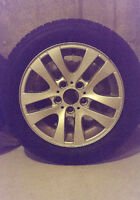 BMW SET OF 4 OE WHEELS AND SNOW TIRES