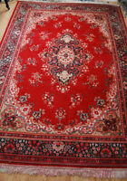 Lovely 100% Wool Persian style rug...Machine made...