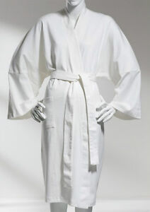 100% Organic Cotton White Bathrobe - GREAT GIFT - NEW