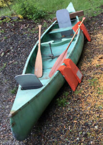 Light Weight 15ft - 52 lb canoe (all equiped as shown)