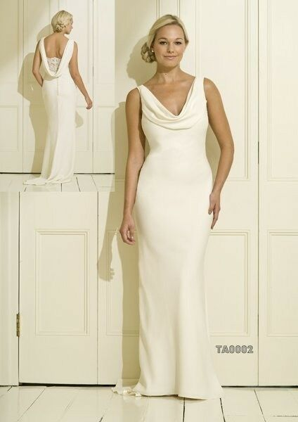 Beautiful Ivory Cowl Neck Wedding Dress In Glasgow City Centre