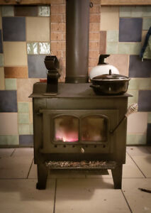 S126 Wood Stove for Sale - Works Good, Certified