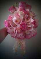 SALE! Discount on wedding flowers.Bouquets for cheaper.