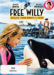 Free Willy (Escape From Pirates Cove)