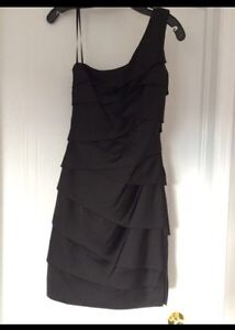 BCBG one shoulder black dress - Size 2
