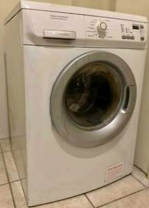 Free delivery Electrolux 7kg front loader washer machine