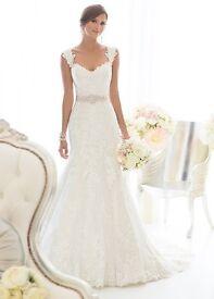 Size 12 Brand new wedding dress