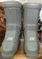 Ladies Ski Boots by Raichle Size 9 - Carry bag included