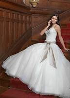 Beautiful Wedding Gown / Dress By Impression +Veil Great Price!