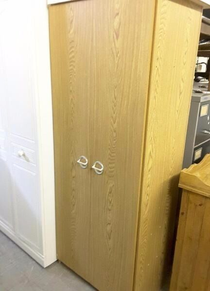 20% OFF ALL ITEMS SALE- Wardrobe With Hanging Rail & Shelf - Can Deliver For £19