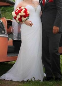Size 14 wedding dress- make an offer!