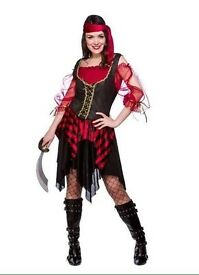 Ladies pirate costume with accessories - Size small