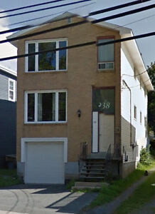 Sunny 3 Bedroom in Downtown Dartmouth