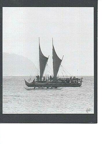HOKULEA HAWAIIAN SAILING CANOE AT HALEIWA HARBOR BLACK & WHITE PHOTO ON 8X10 MAT