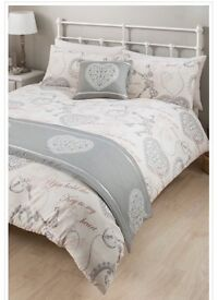 Lovely hearts bed spread