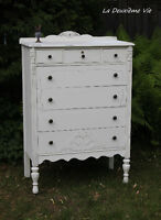 Antique Dresser Shabby Chic Style/Commode Antique