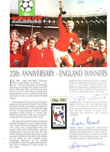 1966-ENGLAND-WORLD-CUP-SIGNED-SHEET-BOBBY-MOORE-GEOFF-HURST-MARTIN-PETERS