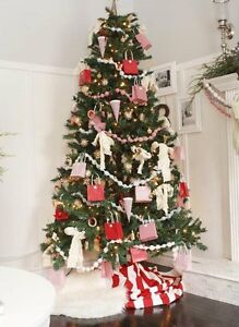 7.5 ft pre lit Christmas tree