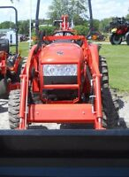 NEW-Kioti CK35 tractor, loader and backhoe