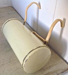 Antiquité. Collection. Ancienne lampe de tête de lit en fer L