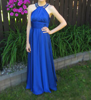 Prom or special occasion dress / Robe de bal