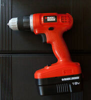 Black & Decker 18V Power Drill and Toolset – Like New