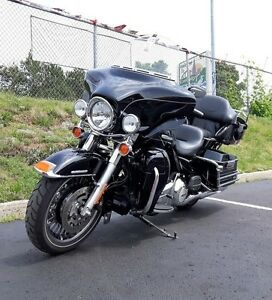 2012 Harley-Davidson FLHTK - Electra Glide Ultra Limited Kitchener / Waterloo Kitchener Area image 3