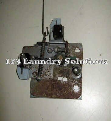 Dexter Door Lock Assembly Front Load Washer 9885-024-001 Used