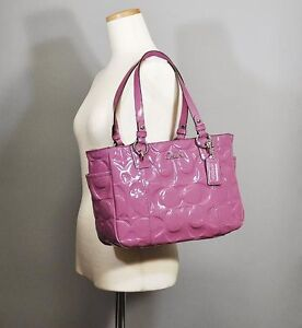 NEW-COACH-SIGNATURE-EMBOSSED-ROSE-PATENT-LEATHER-GALLERY-BAG-TOTE-PURSE-HANDBAG