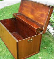 ANTIQUE WOOD TRUNK BOX BLANKET TOY CHEST COFFEE TABLE SOLID
