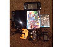 Wii U 32GB Black + controllers + 5 games (ONO)