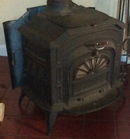 Resolute Vermont Castings Wood Stove