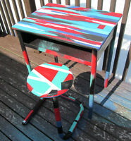 Graffiti art table & stool