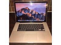 Apple MacBook Pro 15 inch i7