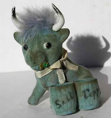 Cedar Point Sandusky Ohio Souvenir Flocked Bull w-Real Hair Salt & Pepper Holder