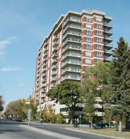 2 BEDROOM EXECUTIVE CONDO FOR RENT – DOWNTOWN RIVER VIEW $2200/m