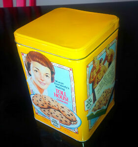 NESTLE TOLL HOUSE Chocolate Chip Cookie Yellow Collectible Tin