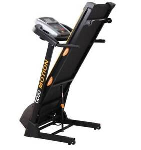 GO30 MOTION 200 - HOME TREADMILL- LCD DISPLAY/PROGRAMS/INCLINE