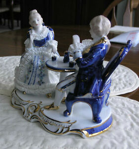 Limoges Figurine of Aristocrats Having Afternoon Tea Kitchener / Waterloo Kitchener Area image 2