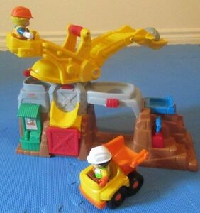 Fisher Price Little People - Eddie and his Boulder Worksite