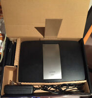 Router Linksys AC 1900 **used 2 weeks*