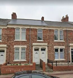 3 BEDROOM UPPER FLAT TO RENT IN BENSHAM, GATESHEAD. DSS IS CONSIDERED. LOW MOVE IN COSTS.