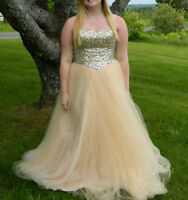 Prom / Graduation Gown Tony Bowles size 14
