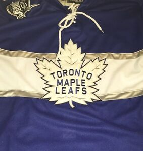 Toronto Maple Leafs Jerseys - Auston Matthews & Mitch Marner