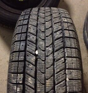 X2- Polar Trax 195/60 R 15 snow tires