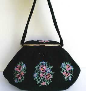 Lovely Evening Purse Black Beaded with embroided Roses West Island Greater Montréal image 1